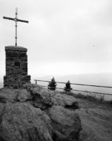 Großer Falkenstein, Gipfelfelsen mit Gipfelkreuz